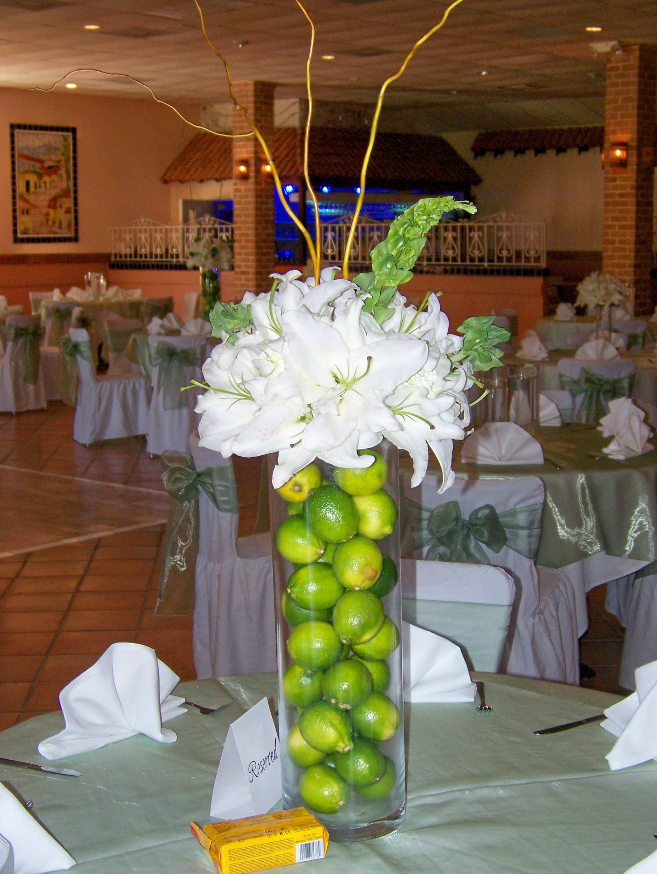 Decoration for church anniversary images for Anniversary party decoration