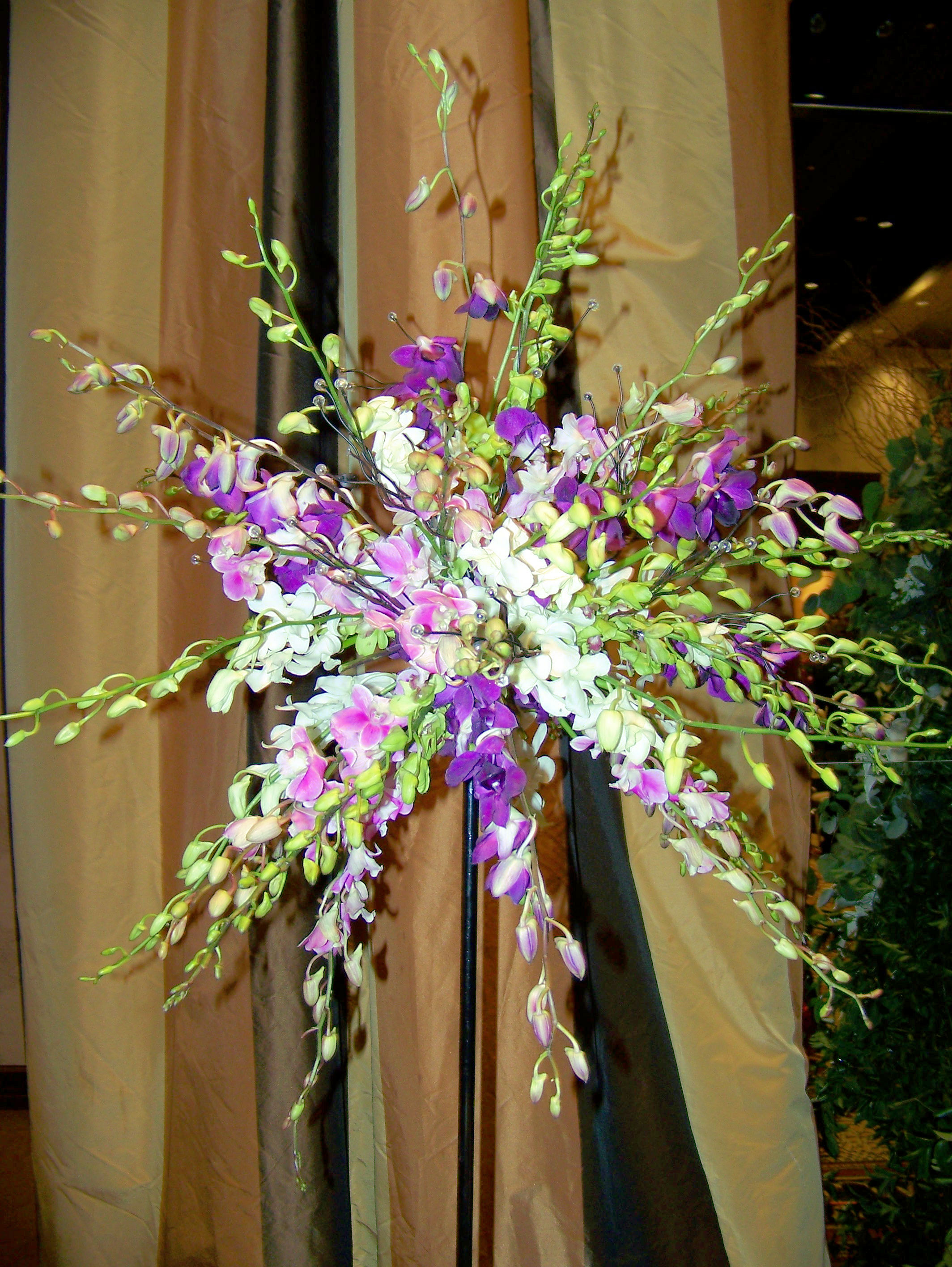Flower Arrangement Ideas For Christmas